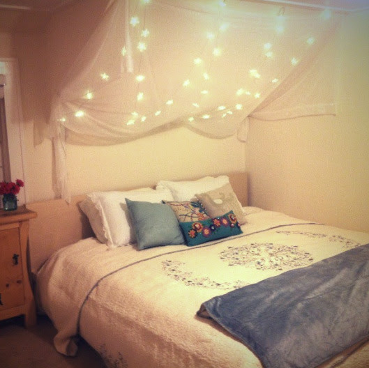28 String Lights  Ideas For Your Holiday D cor DigsDigs