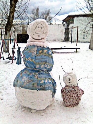 Весенние снеговики