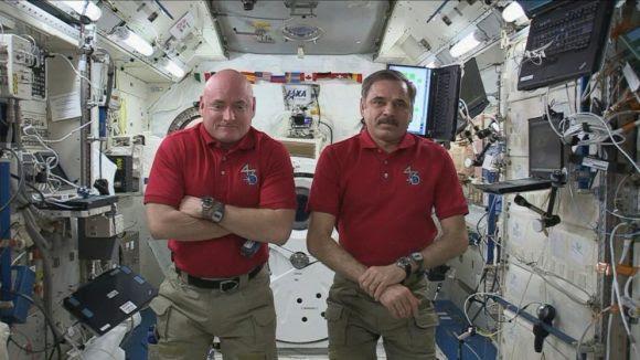 Mijaíl Kornienko y Scott Kelly regresarán en 2016 tras pasar casi un año en la ISS (NASA).