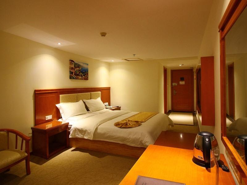 GreenTree Alliance Zhuhai Jidajiuzhou Port Hotel Discount