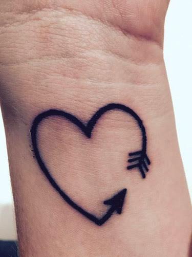 Tatuaje De Corazon En El Pecho