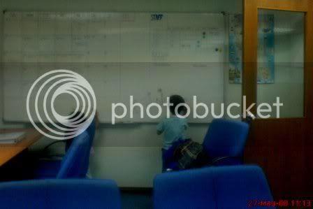 Anak di pejabat - Photobucket