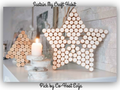 DIY+decorative+star+and+Christmas+tree+art+upcycled+from+wine+bottle+corks-
