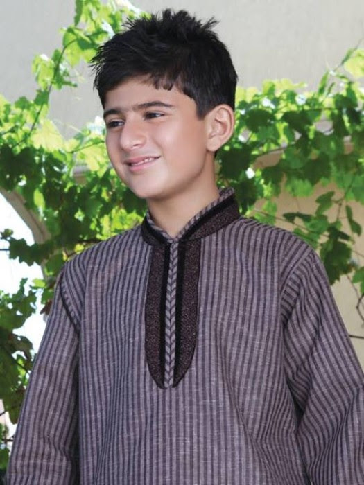 Boys-Kids-Trendy-Eid-ul-Fitr-Kurta-Kamiz-Collection-2013-by-Eden-Robe-1