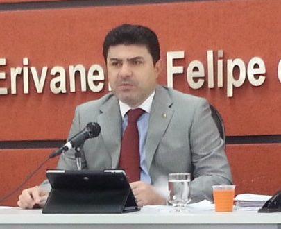 Juiz Cláudio Mendes sentenciou primeiro dos 14 processos que avaliam irregularidades em empréstimos consignados