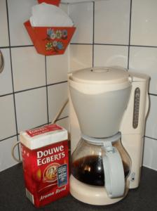 Mijn koffiezetapparaat! En hoe vind je mijn mooie vintage filterhouder?