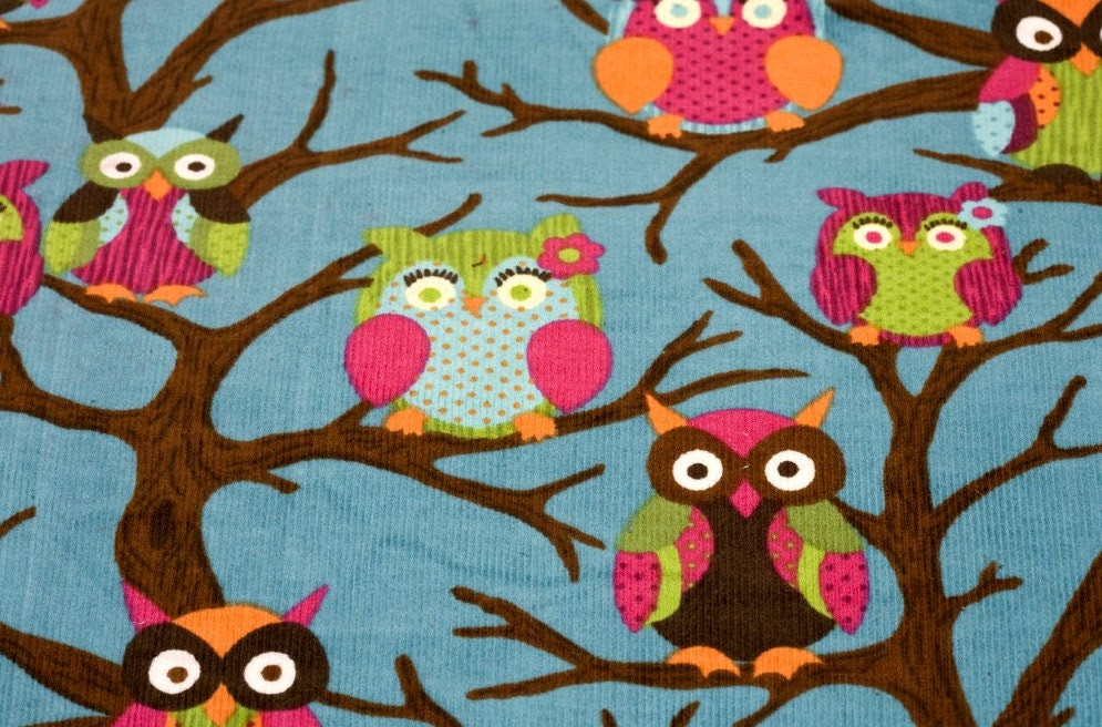 owl017 - 2.5 Yards Corduroy Fabric - Owls on Blue