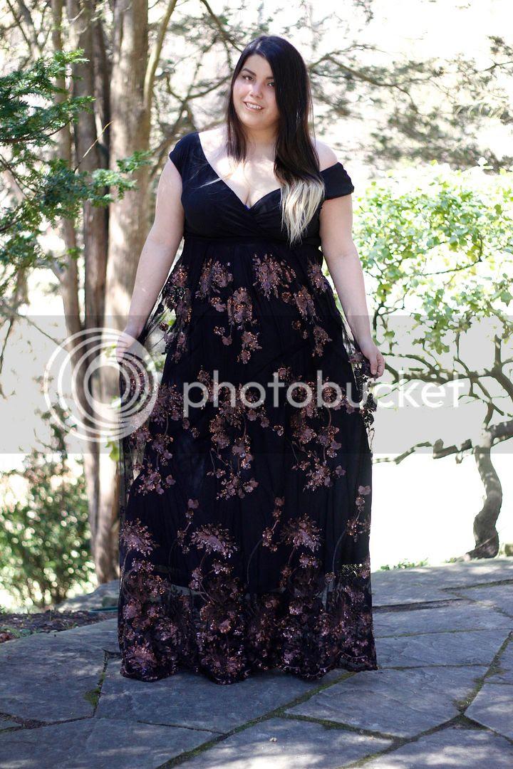 plus size fashion lakshmi gown bronze igigi fancy sequin formal plus size canada fashion blogger