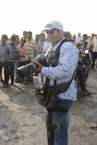 Habib Nasser Shooting The Murud Janjira Bullock Cart Race by firoze shakir photographerno1