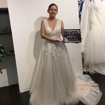 Store Wedding Dresses in LOS ANGELES, CA
