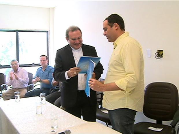 Governador Paulo Câmara em Salgueiro (Foto: Reprodução / TV Grande Rio)