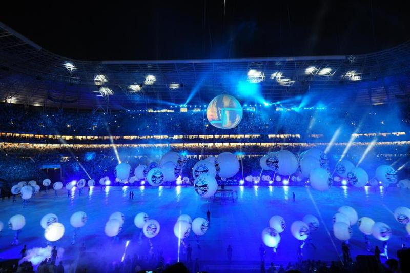 Luzes azuis para receber o estádio gremista:imagem 14