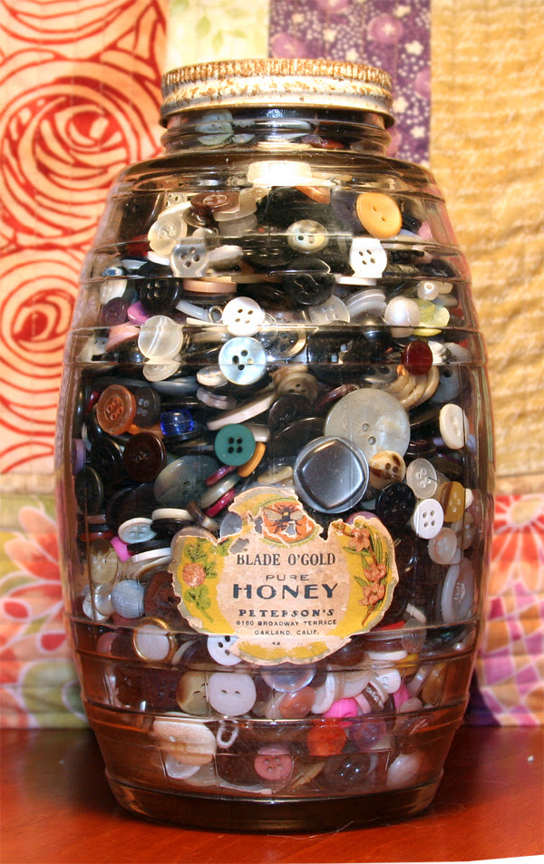 Honey pot o' buttons