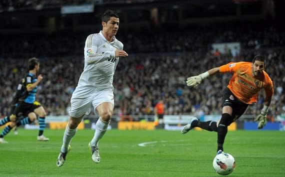 Liga BBVA: Real Madrid-Espanyol: Cristiano Ronaldo; Francisco Casilla