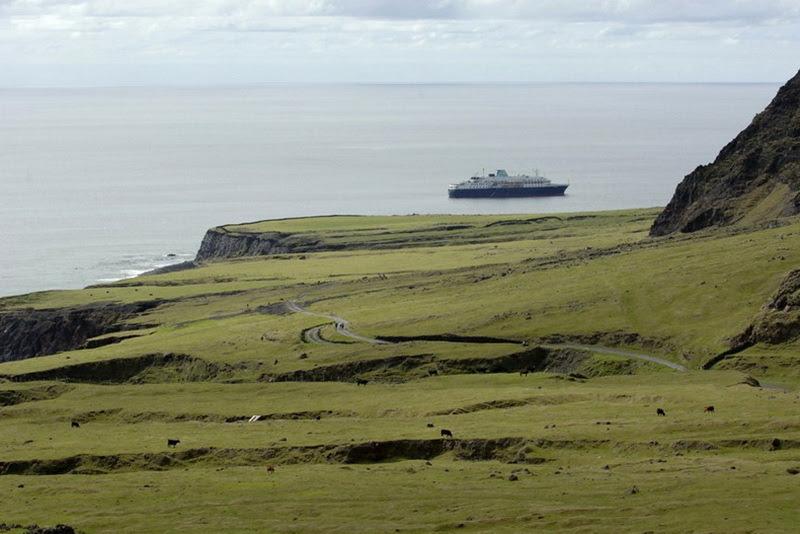 4200 Остров Тристан да Кунья: Жизнь в центре океана