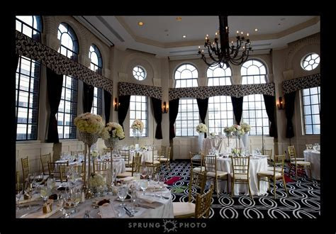 A Wedding at the Allerton Hotel by Chicago Wedding