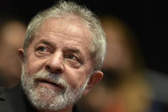 Brasile, procura San Paolo chiede l'arresto di Lula