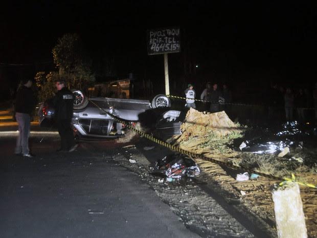 Racha, acidente, Mogi das Cruzes, seis mortos (Foto: Cristiano Novais/CPN/Estadão Conteúdo)