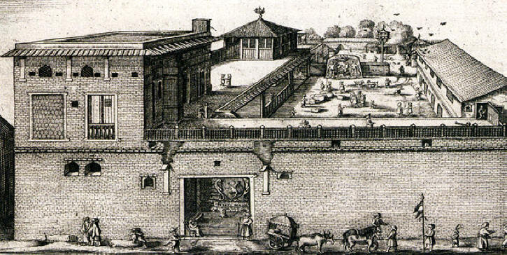 Dutch Factory at Surat as seen in April 1629. Plagerized / Reproduced by J.A. von Mandelso and labelled 'English factory'after an original etching by Pieter van den Broecke (1585-1640), a Dutch cloth merchant in the service of the Dutch East India Company in Korte Historiael ende Journaelsche Aenteyckeninghe published in Amsterdam, 1634. The only difference between the Mandelso & Broecke images is the distribution of people passing in front of the building