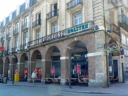 café suisse et arcades.jpg