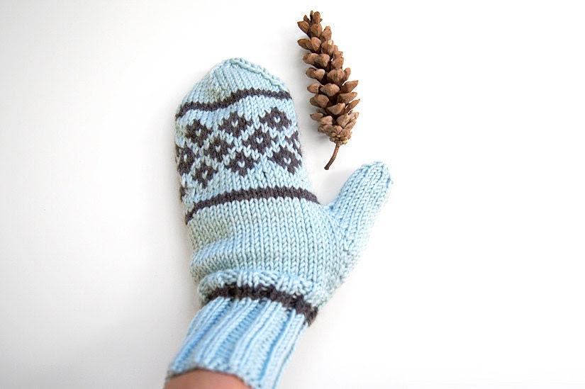 Hand Knit Scandinavian Mittens - Pale Ice Blue - Autumn Fall Winter - Womens Accessories - Warm Cozy - GreenBeanDesigns