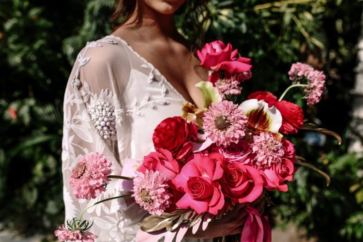 Ihr bouquet war pink und fuchsia für eine wunderschöne Optik