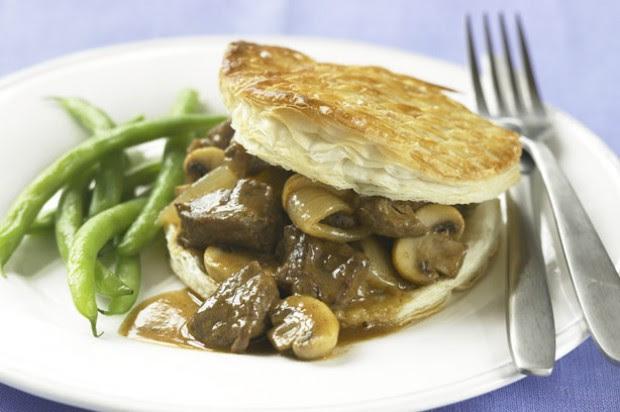 Steak and mushroom pies recipe - goodtoknow