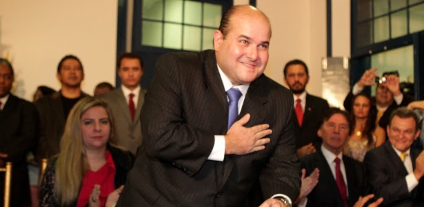 Resultado de imagem para Roberto Cláudio(PDT) é reeleito em Fortaleza