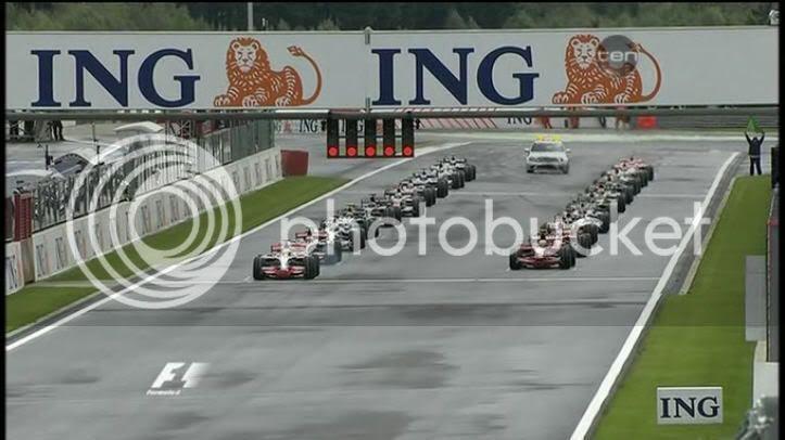 Salida GP Bélgica 2008