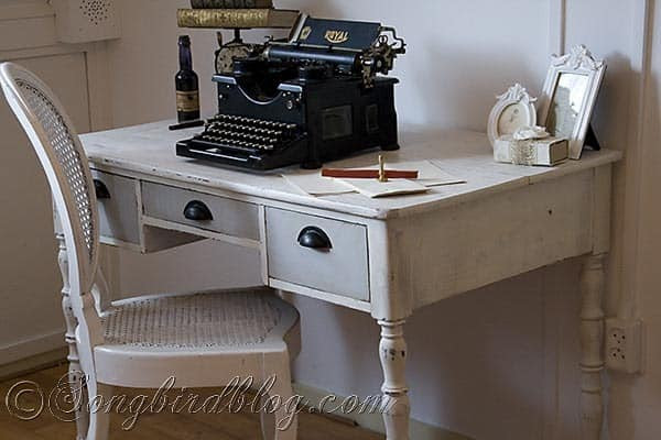 Desk Makeover Before And After Using Chalk Paint