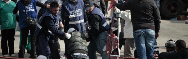 Immigrazione, 13 migranti morti durante sbarco nel Ragusano