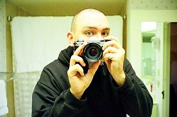 English: Chris Zabriskie, self-portrait.
