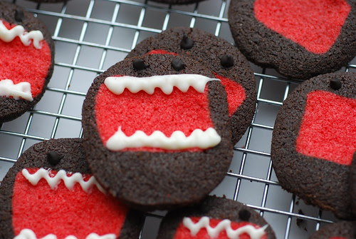 giant mouthed domokun