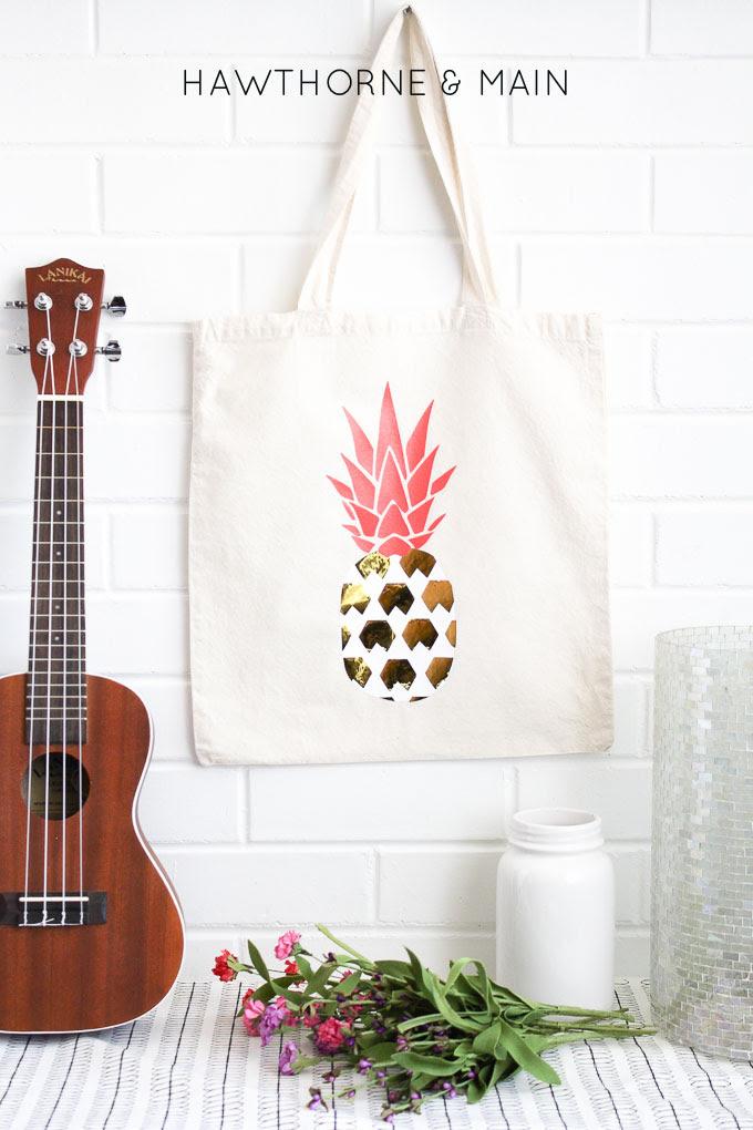 pineapple heat vinyl transfer onto a bag 91