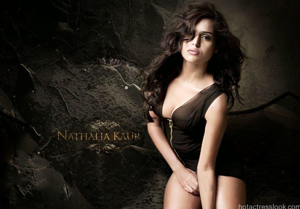 Sizzling+actress+Nathalia+Kaur hot