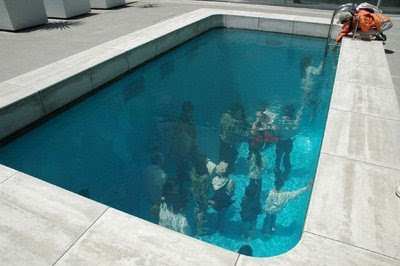 Swimming Pool Illusion (3) 1