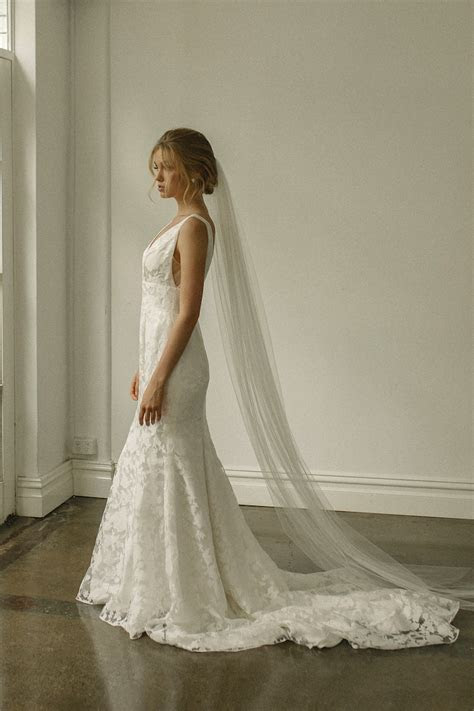 WYNTER   Classic Chapel Length Wedding Veil   TANIA MARAS