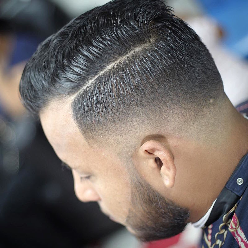 razor.barber_fine hard part fade