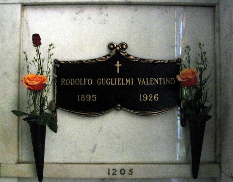 File:ValentinoCrypt.JPG