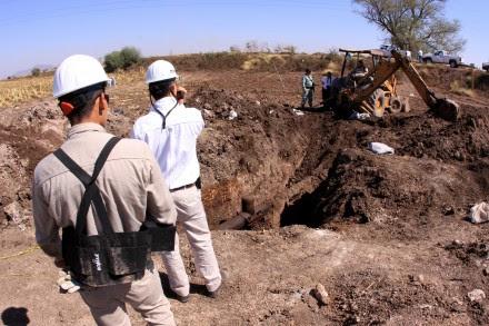 El hallazgo de dos tomas clandestinas en Sinaloa. Foto: Juan Carlos Cruz