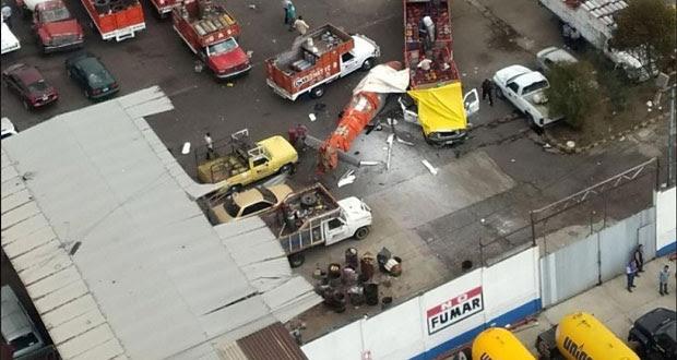 Cae helicóptero en gasera de Tlalnepantla, Edomex; hay 5 heridos
