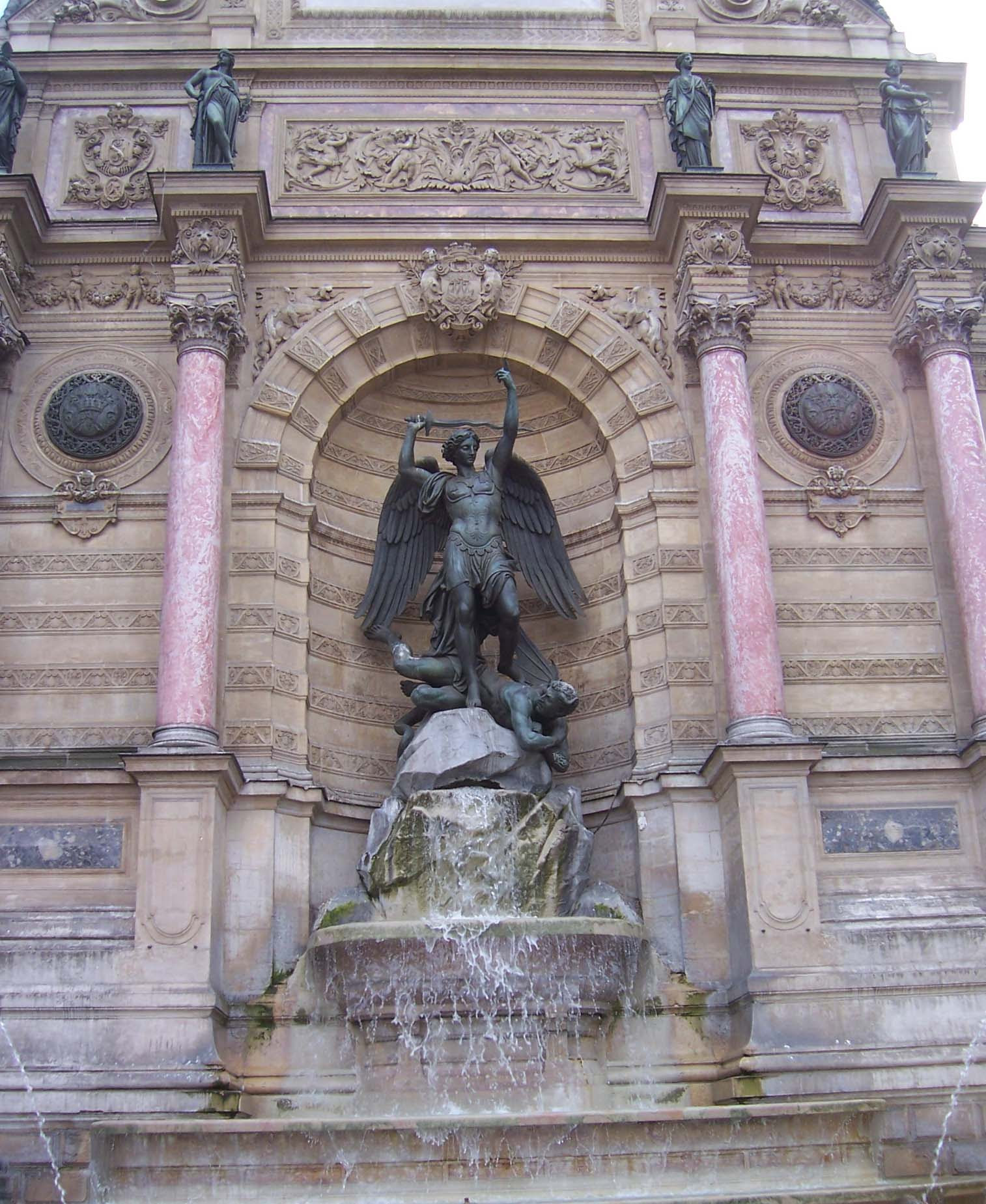 Photo de la fontaine Saint Michel Monuments de Paris