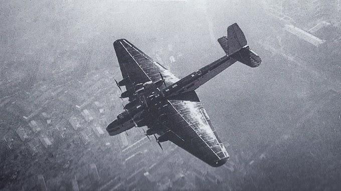 O triste fim do maior avião do mundo dedicado à propaganda comunista