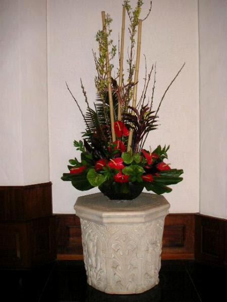 Large Floral Arrangement For A Hotel Lobby California Flower Art Academy