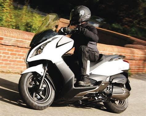 kymco downtown  review