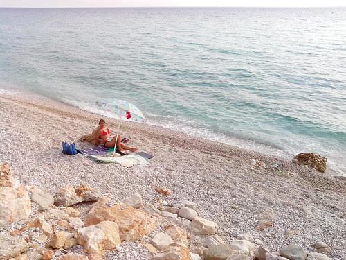 In angolo di mare by Ylbert Durishti