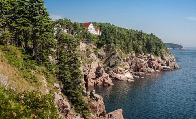 Canadian island offers attractive offer for young people to find a job and housing