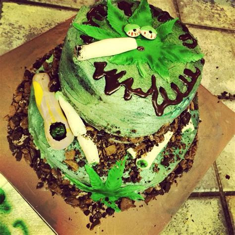 20 best images about Kit kat cake on Pinterest