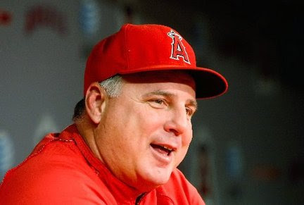 http://media.nj.com/yankees_main/photo/mike-scioscia-los-angeles-angels-1020jpg-4d73ed7be80a4a22_large.jpg