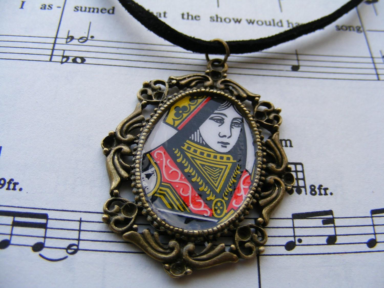 Necklace Queen